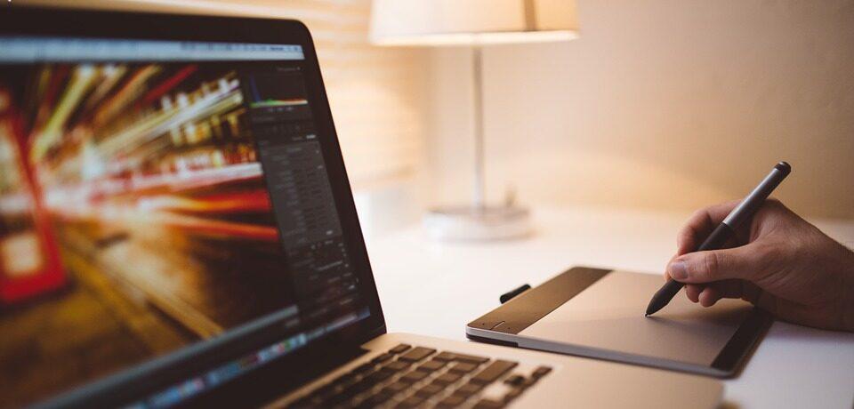 Online Kunden gewinnen – warum Firmenvideos nicht reichen